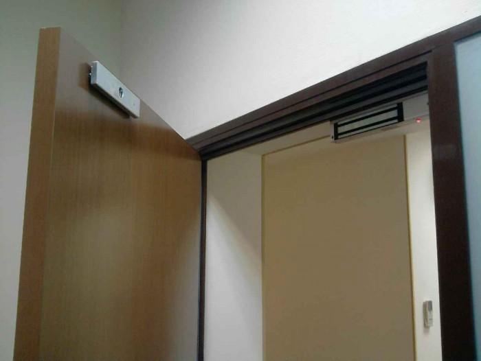 Электромагнитный замок для двери своими руками