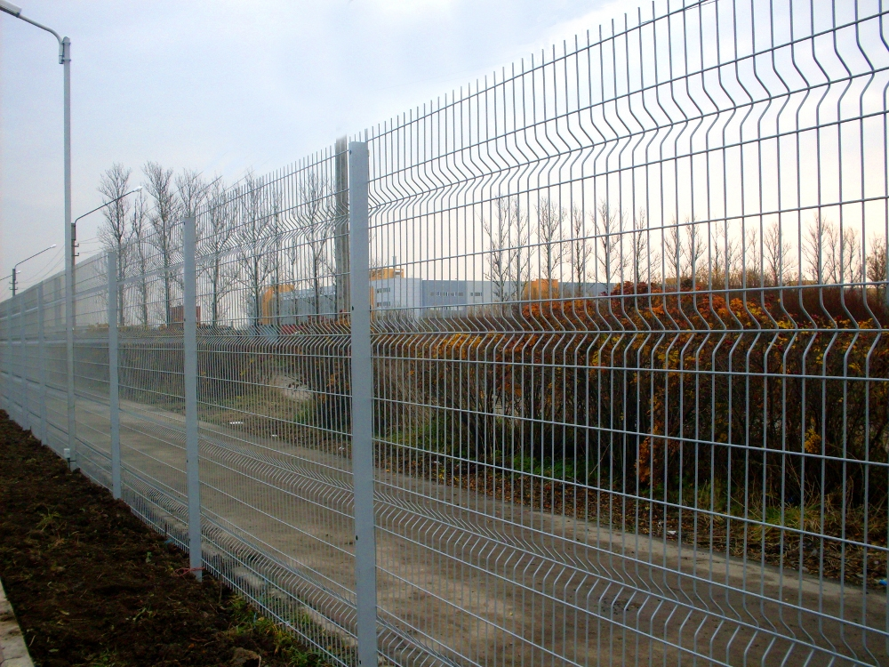 Забор из сетки фото2