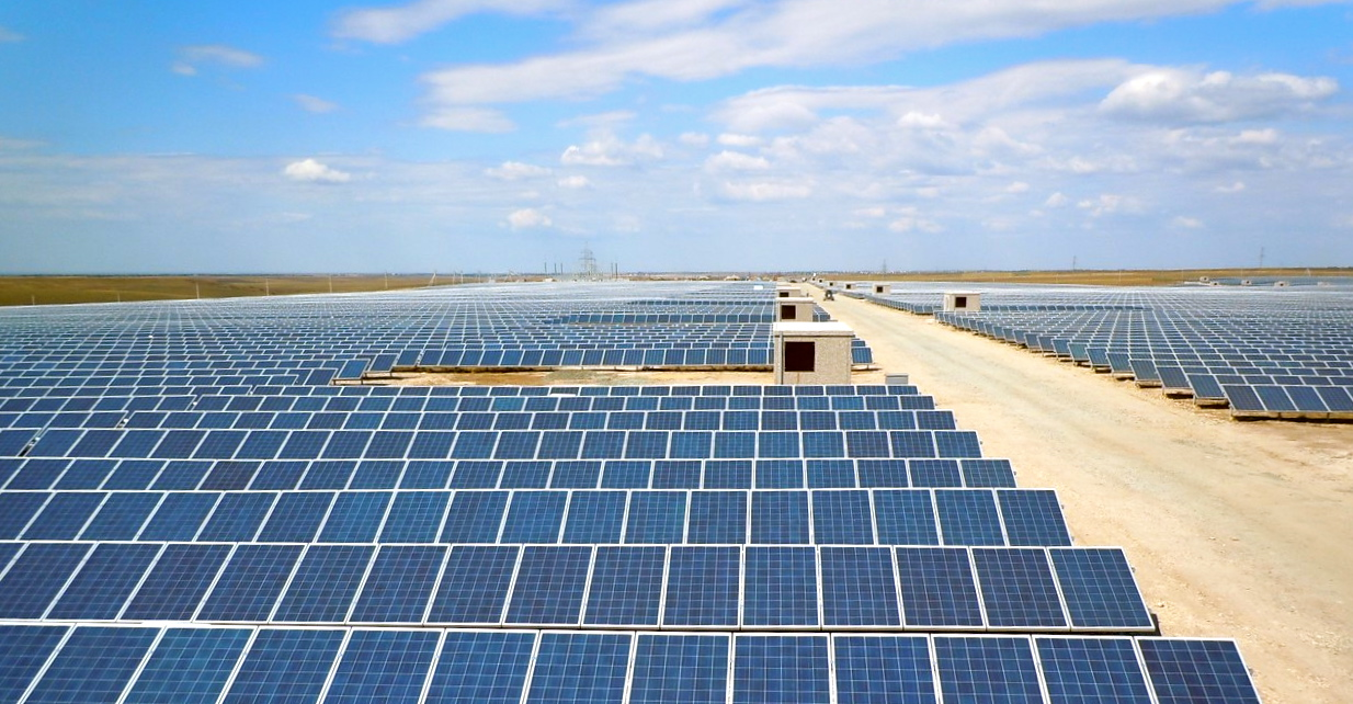 Строительство солнечных электростанций фото